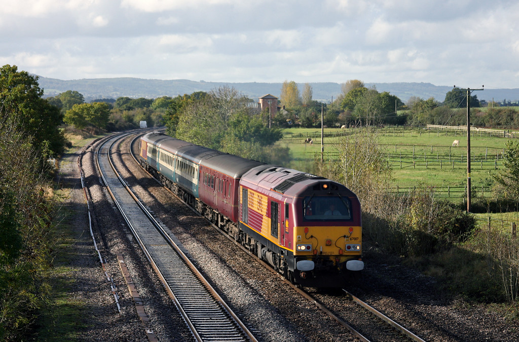 67017/67016, 11.02 Taunton-Cardiff Central, Cogload Junction, 21-10-09.