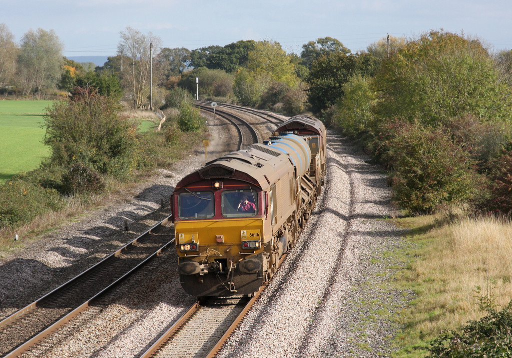 66116/66153, 08.45 Westbury-St Blazey, Creech St Michael, near Taunton, 28-10-09.