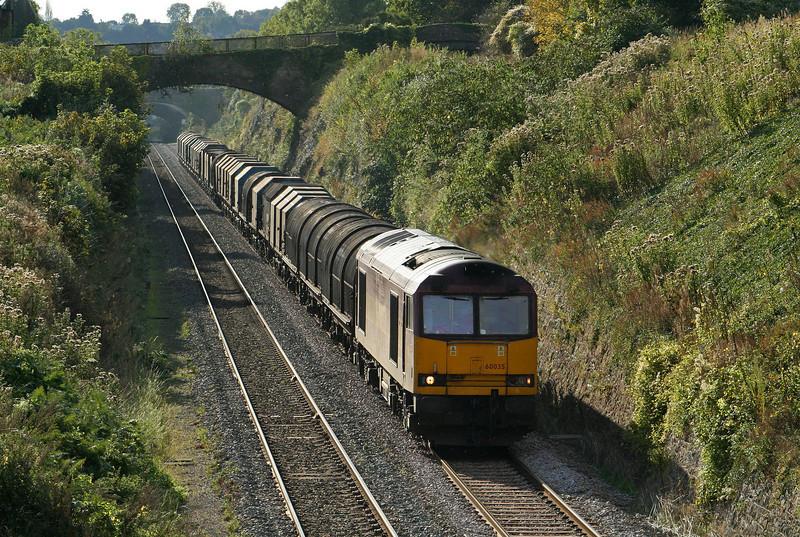60035, 11.55 Margam-Round Oak, Sedbury Lane, Chepstow, 8-10-09.