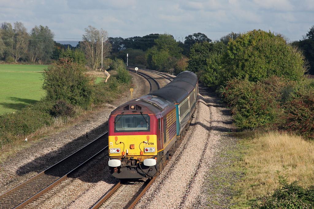 67016/67017, 14.00 Cardiff Central-Taunton, Creech St Michael, near Taunton, 21-10-09.