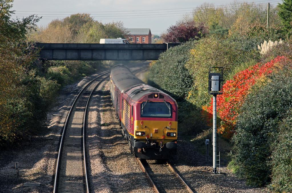 67024/67016, 11.02 Taunton-Cardiff Central, Creech St Michael, near Taunton, 28-10-09.
