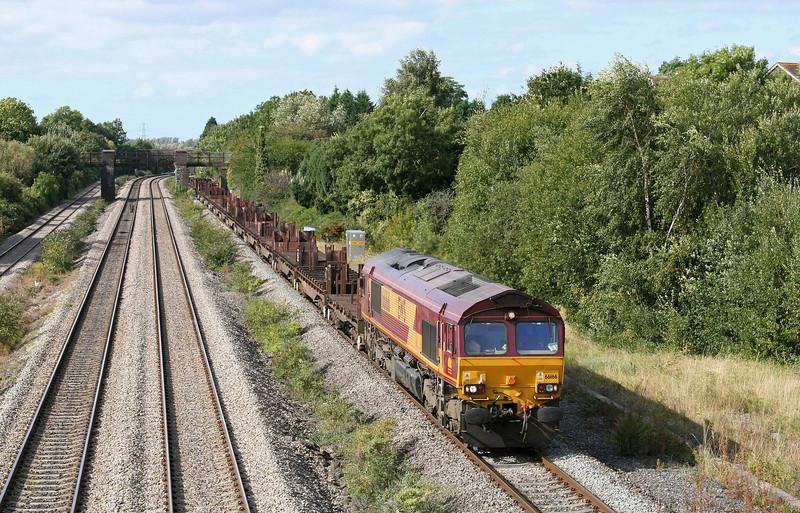 66166, 10.26 Llanwern-Lackenby, Undy, near Magor, 17-9-09.
