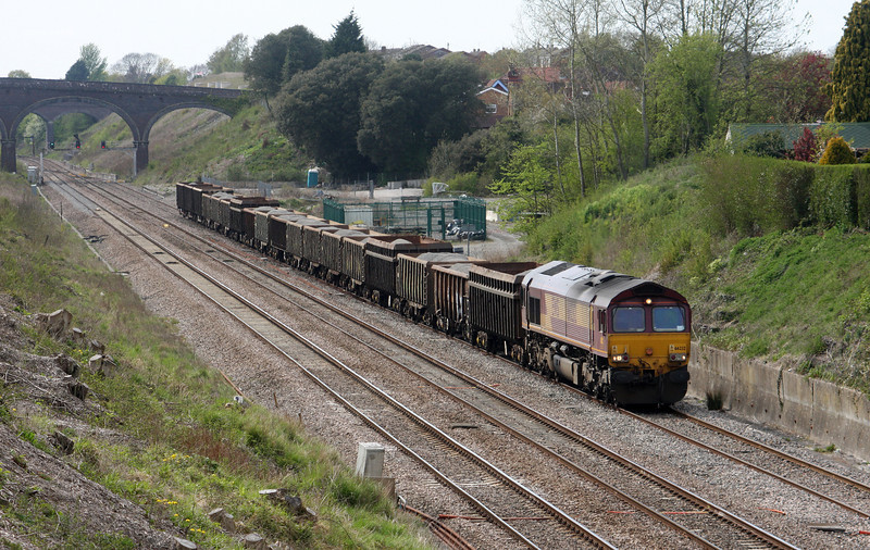 66232, 12.34 Grange Sidings-Lea Interchange, Chipping Sodbury, near Bristol, 27-4-10.