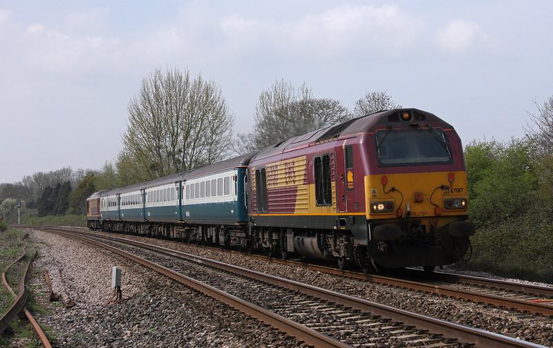 67017/67022, 12.47 Paignton-Cardiff Central, Bathpool, Taunton, 15-4-10.