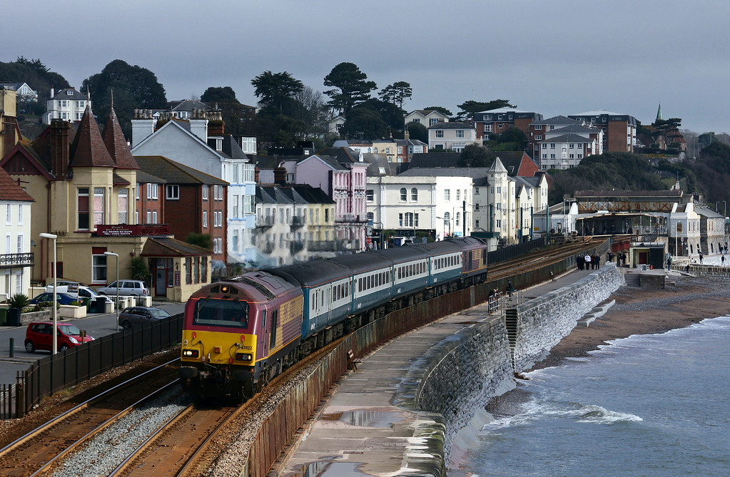 67022/67017, 08.00 Cardiff Central-Paignton, Dawlish, 7-4-10.