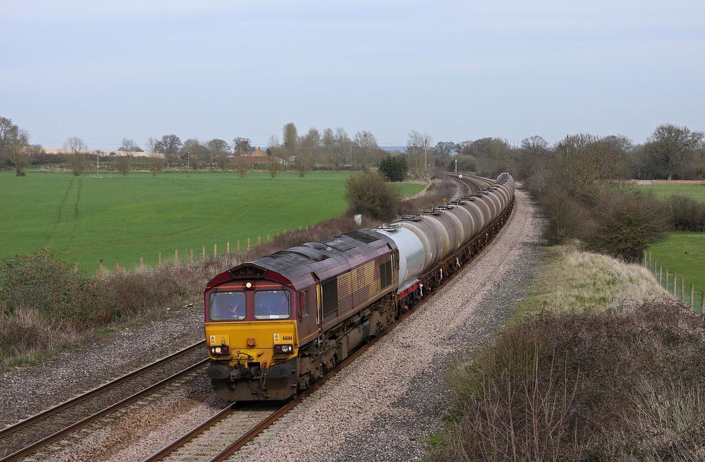 66161, 08.43 Fawley-Plymouth Tavistock Junction Yard, Creech St Michael, near Taunton, 6-4-10.