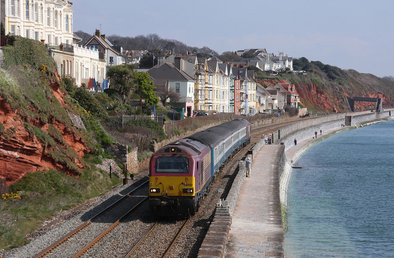 67022/67017, 08.00 Cardiff Central-Paignton, Dawlish, 20-4-10.