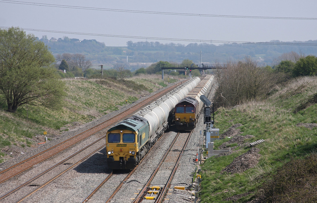 66611, 12.08 Westbury-Earles Sidings, Pilning, 23-4-10, passing 66037, 10.47 Hayes-Moreton-on-Lugg,  trapped in loop by points failure.