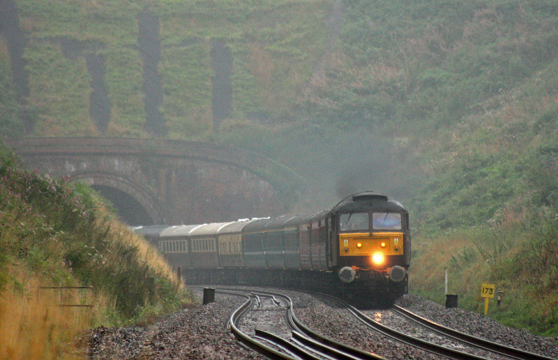 47826/47580, 17.15 Kingswear-Sheffield, English Riviera Statesman,  Marlands, near Wellington, 26-08-10.