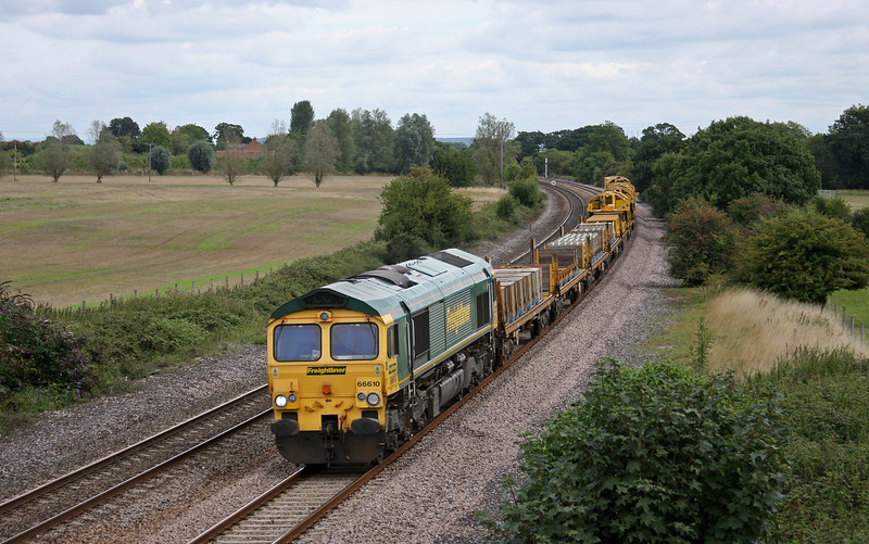 66610, 09.50 Taunton Fairwater Yard-Bristol-Bath-Westbury-Taunton Fairwater Yard. Creech St Michael, near Taunton, 27-8-10.