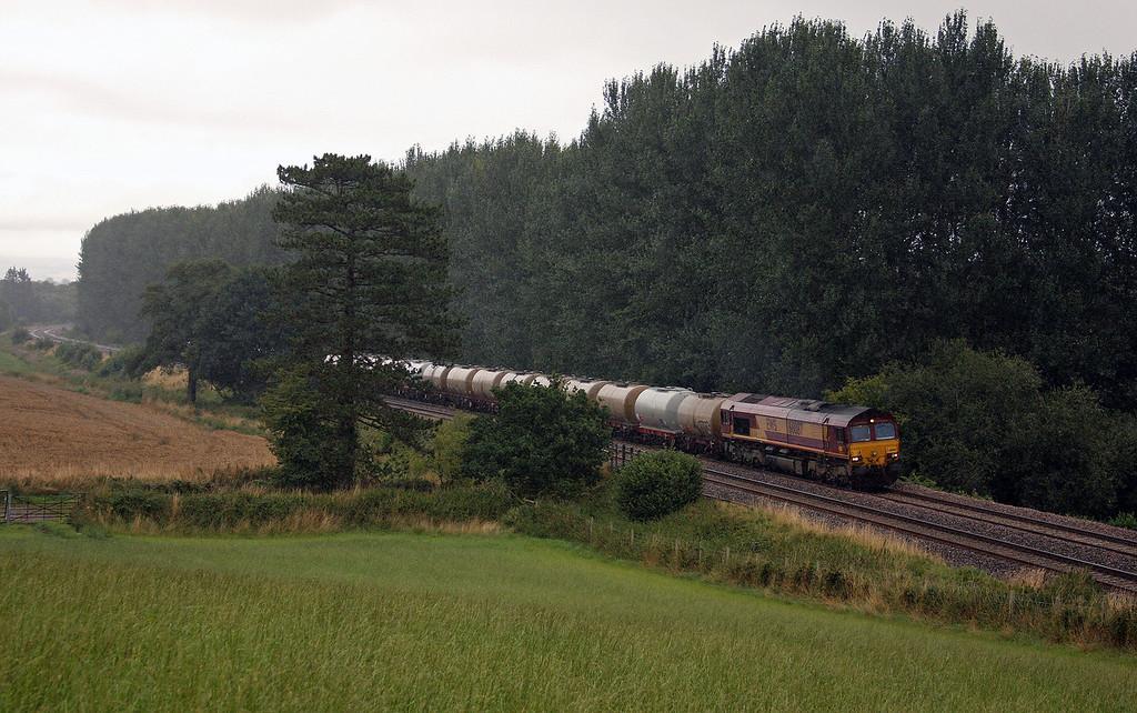66087, 09.29 Fawley-Plymouth Tavistock Junction Yard, Beam Bridge, near Wellington, 10-8-10.