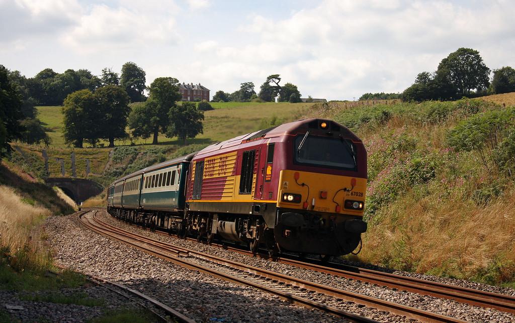 67028/67017, 12.47 Paignton-Cardiff Central, Marlands, near Wellington, 16-8-10.