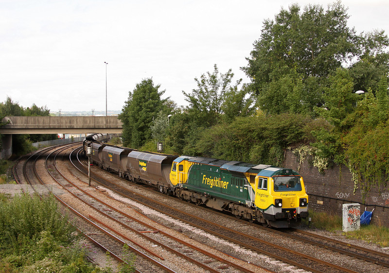 70003, 08.25 Portbury-Rugeley Power Station, Dr Day's Bridge Junction, Bristol, 5-8-10.