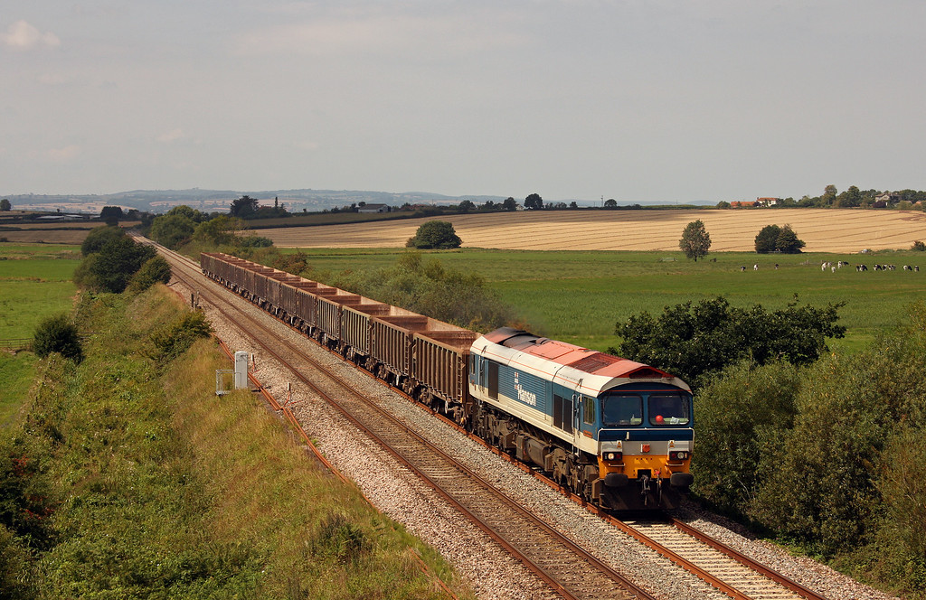 59104, 11.58 Exeter Riverside Yard-Whatley Quarry,<br /> Oath, near Langport, 16-8-10.