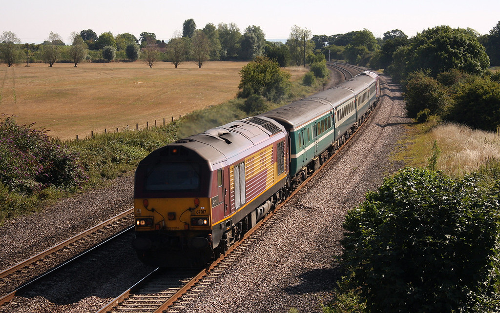 67017/67028, 08.00 Cardiff Central-Paignton, Creech St Michael, near Taunton, 16-8-10.
