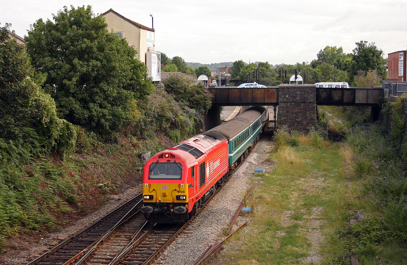 67018/67016, 09.13 Bristol Parkway-Weston-super-Mare, Lawrence Hill,, Bristol, 5-8-10.