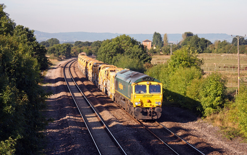 66618, 08.20 Taunton Fairwater Yard-Westbury Virtual Quarry, Cogload Junction, 16-8-10.