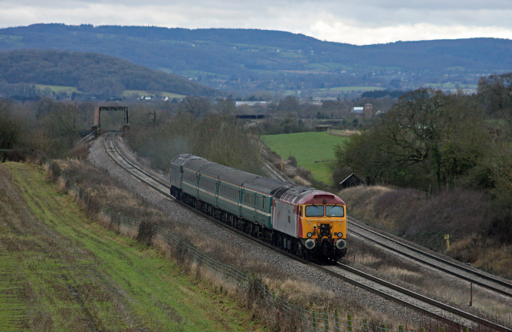 57316/312, 10.09 Weston-super-Mare-Taunton ecs, Cogload Junction, 29-1-10.