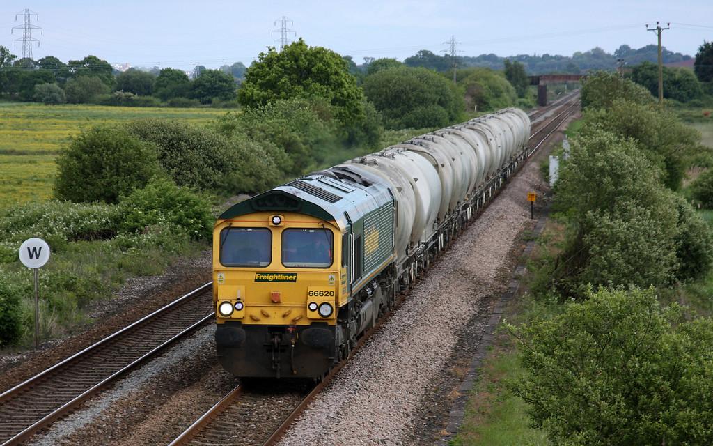 66620, 14.43 Moorswater Lafarge-Westbury Lafarge, Exminster, near Exeter, 1-6-10.