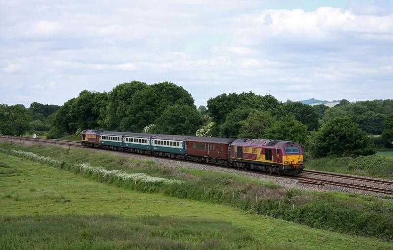 67016/67017, 08.00 Cardiff Central-Paignton, Silverton, near Exeter, 15-6-10.