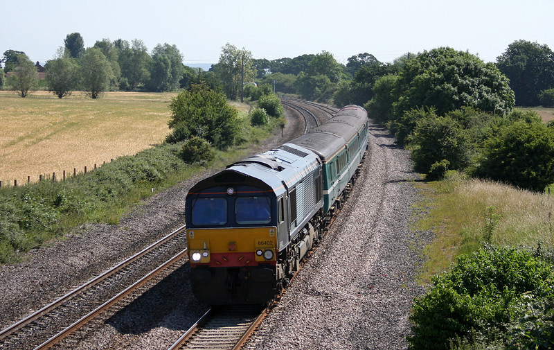 66402/57308, 10.10 Weston-super-Mare-Taunton ecs, Creech St Michael, near Taunton, 28-6-10.