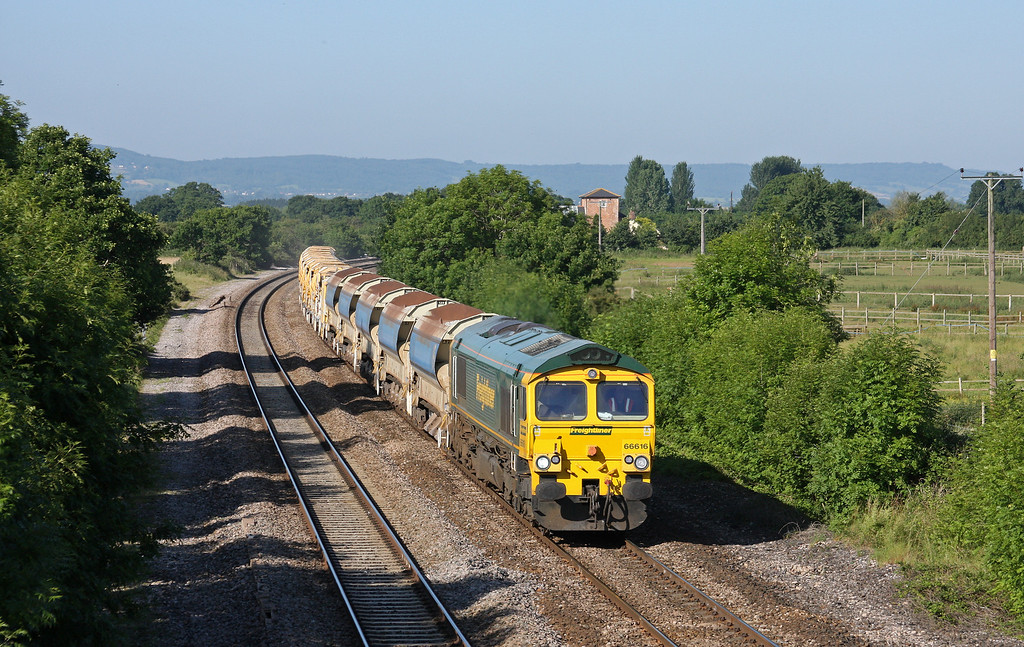 66616, 08.20 Taunton Fairwater Yard-Westbury Virtual Quarry, Cogload Junction, 25-6-10.