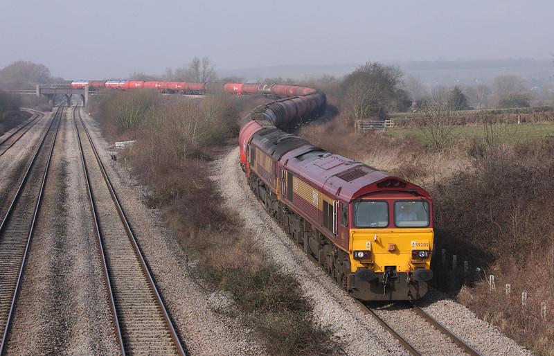 59205/66007, 05.05 Robeston-Westerleigh, Llandevenny, near Llanwern, 16-3-10.