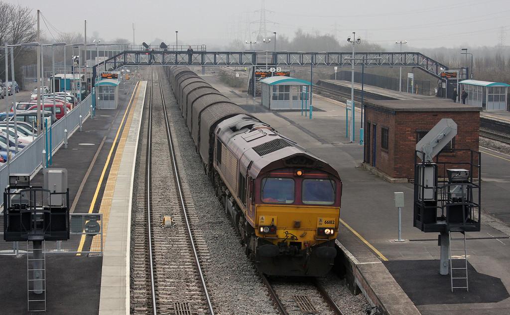 66182, 03.15 Dollands Moor-Margam, Severn Tunnel Junction, 16-3-10.