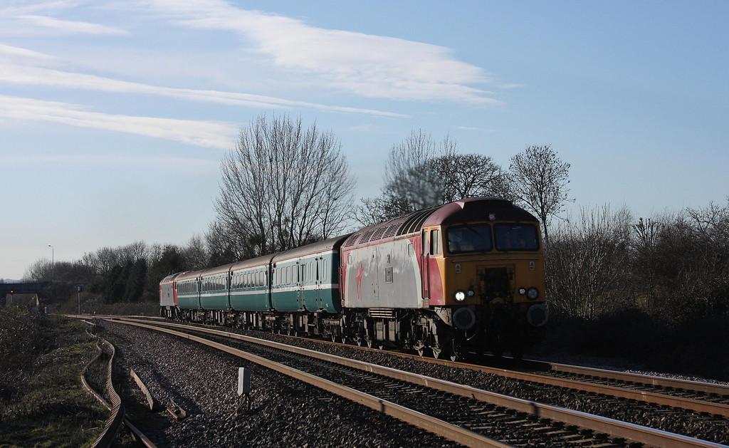 57309/57305, 16.16 Taunton-Cardiff Central, Bathpool, Taunton, 4-3-10.