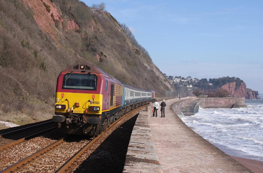 67022/67017, 08.00 Cardiff Central-Paignton, Teignmouth, 11-3-10.