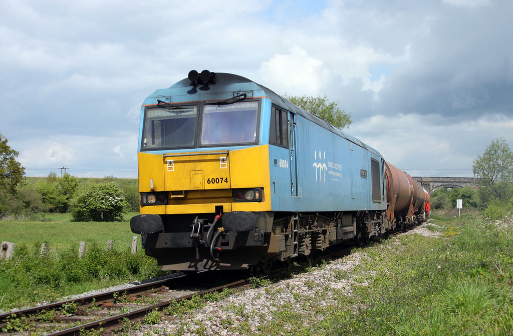 60074, 05.05 Robeston-Westerleigh, Westerleigh, Bristol, 17-5-10.
