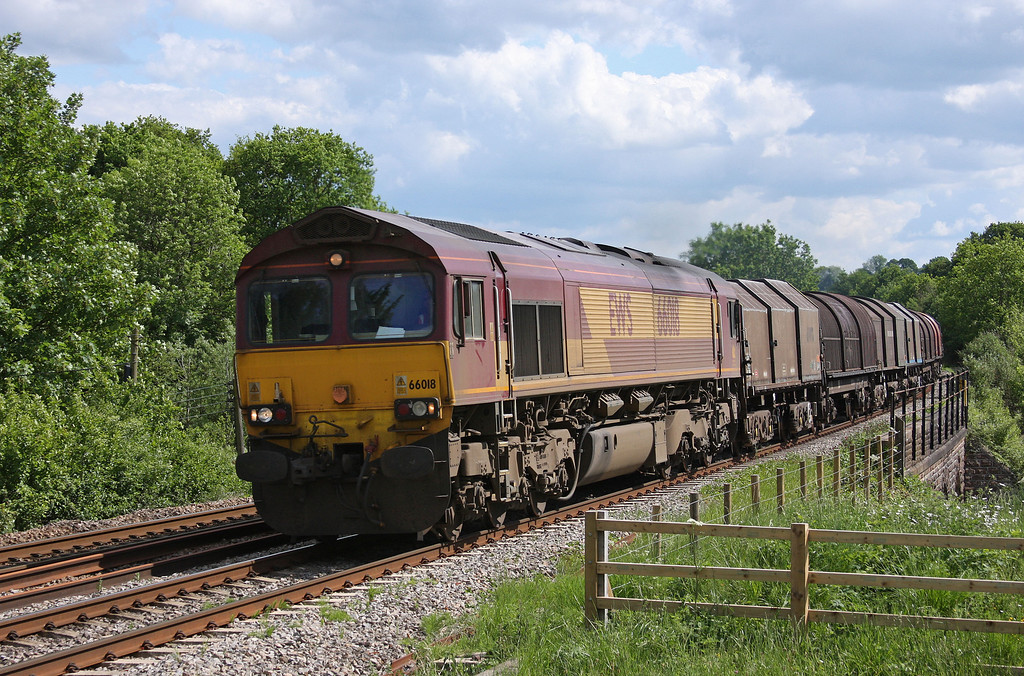 66018, 11.55 Margam-Round-Oak, Bullo Pill, near Newnham, Gloucestershire, 27-5-10.