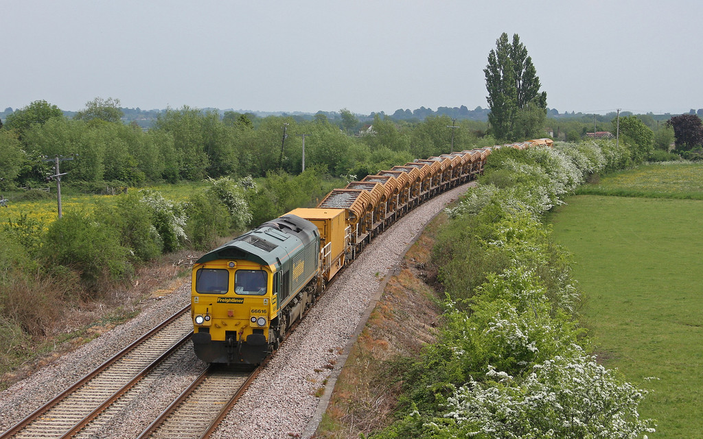 66616, 12.42 Westbury Virtual Quarry-Taunton Fairwater Yard, Oath, near Langport, 21-5-10.