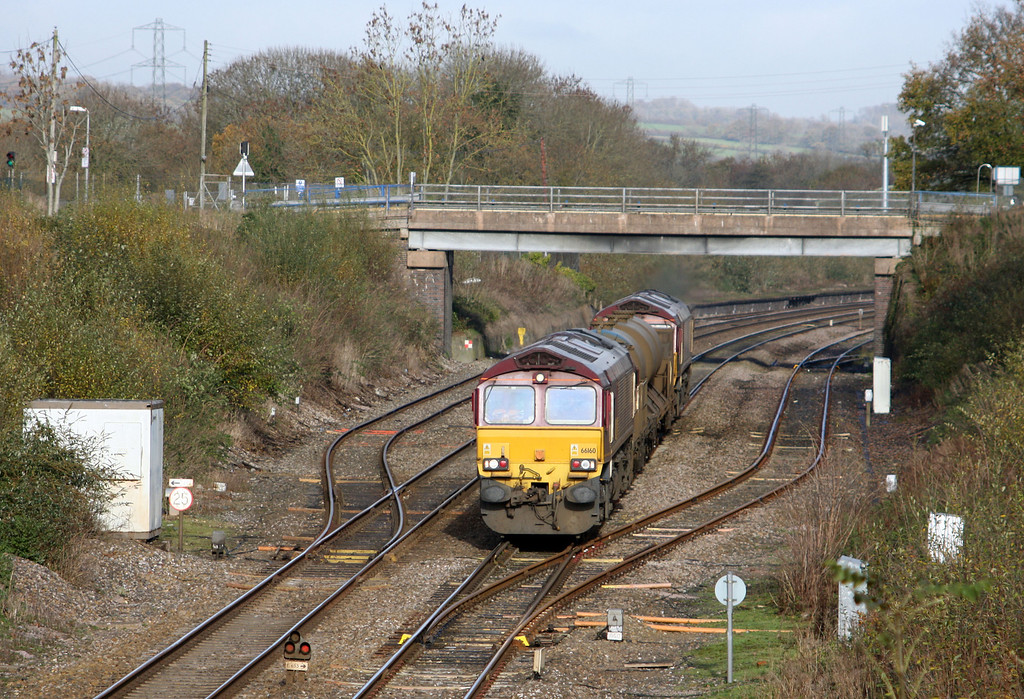 66160/66082, 08.45 Westbury-St Blazey, Willand, near Tiverton, 19-11-10.