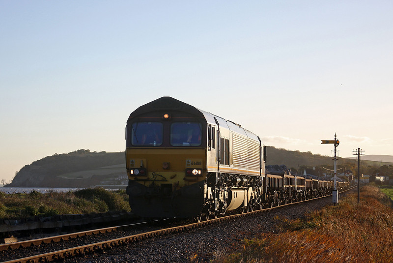 66018, 05.15 Westbury-Minehead, Blue Anchor beach, 10-11-10.