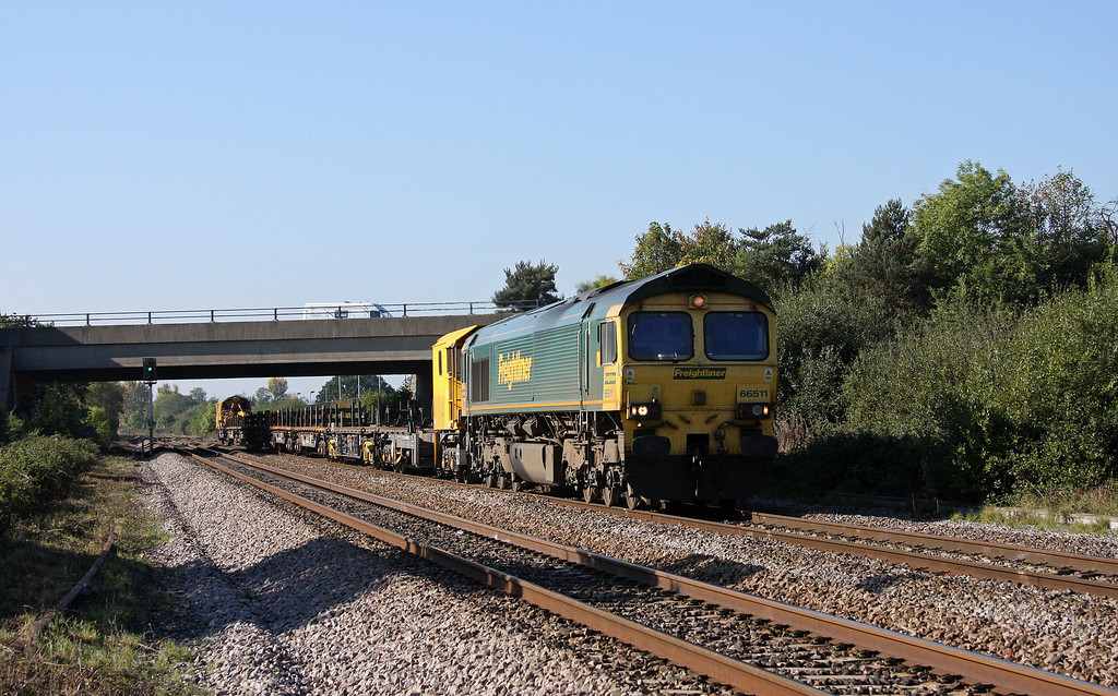 66511, 12.40 Newton Abbot Hackney Yard-Eastleigh, Rexhill Farm, Bathpool, Taunton, 11-10-10.