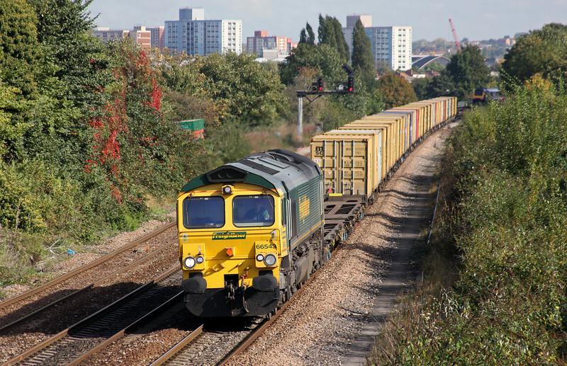 66543, 18.59 Felixstowe-Southampton-Bristol FLT, Parson Street, Bristol, 7-10-10.