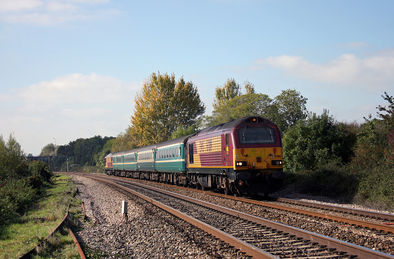 67019/67003, 12.48 Paignton-Cardiff Central, Bathpool, Taunton, 12-10-10.