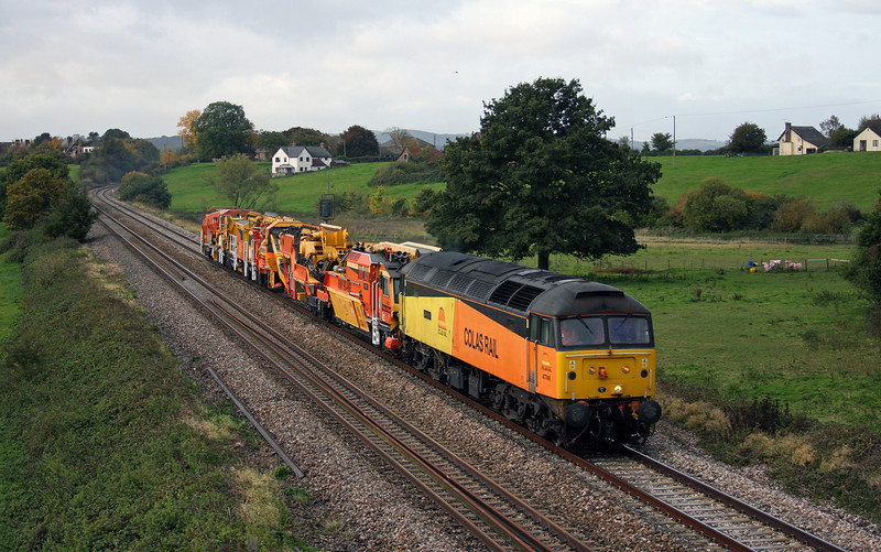 47749, 08.32 Plymouth Tavistock Junction-Taunton Fairwater Yard, Rewe, near Exeter, 28-10-10.