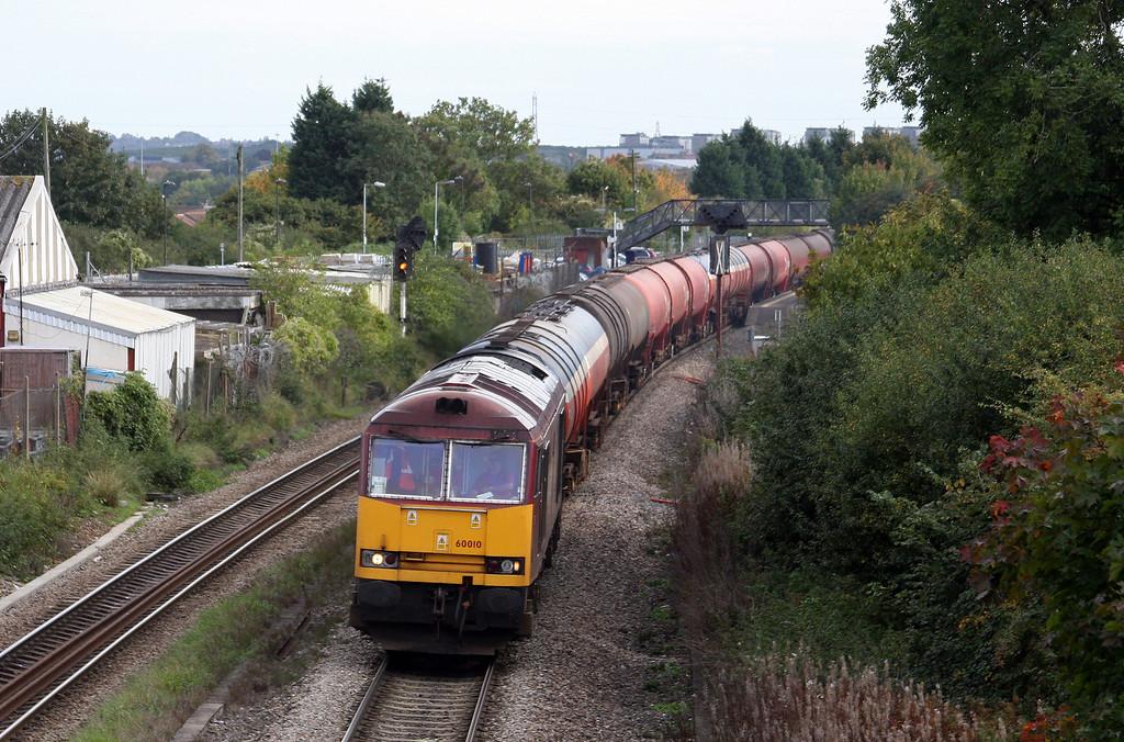 60010, 13.35 Theale-Robeston, Patchway, Bristol, 7-10-10.