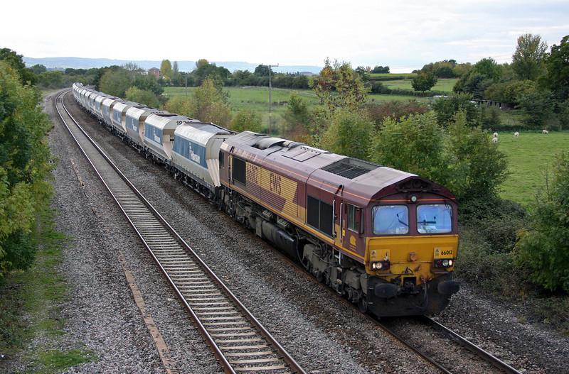 66012, 12.51 Exeter Riverside Yard-West Drayton, Cogload Junction, 22-10-10.