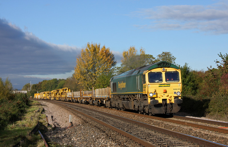 66610, 09.50 Taunton Fairwater Yard-Bristol-Bath-Westbury-Taunton Fairwater Yard, Bathpool, Taunton, 22-10-10.
