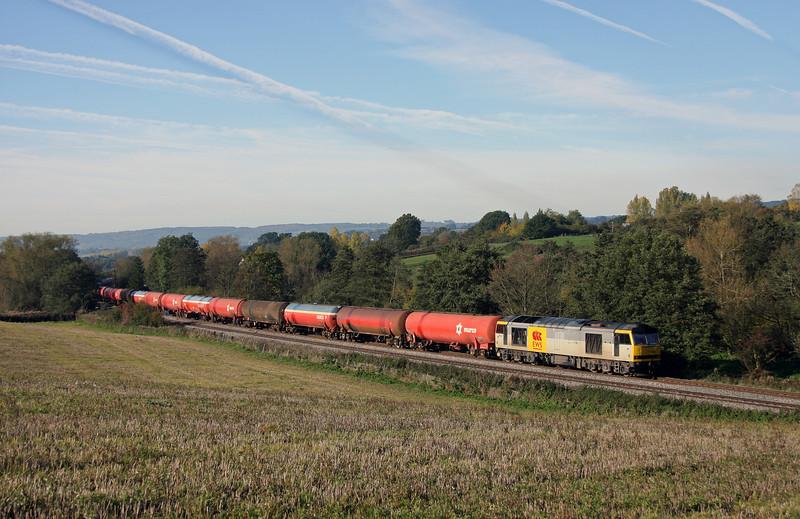 60063, 05.05 Robeston-Westerleigh, Cliff Farm, Lydney, 25-10-10.