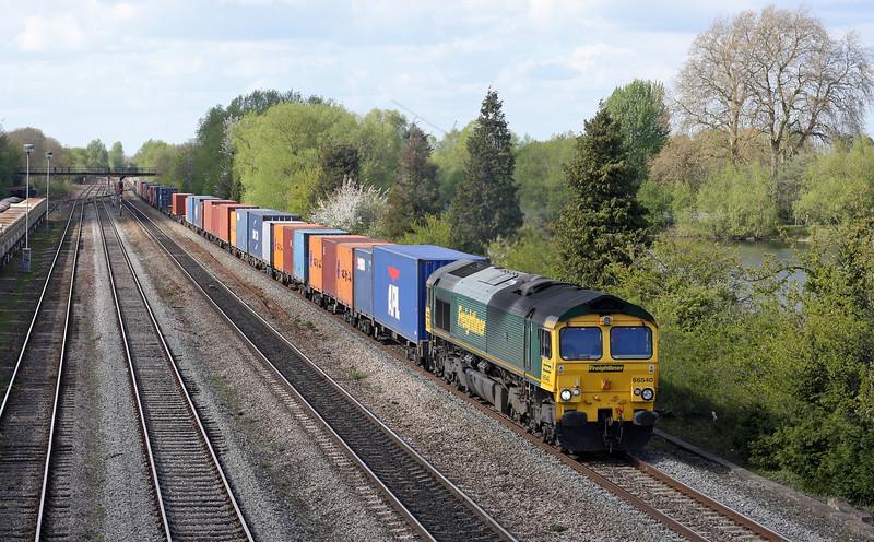 66540, 05.40 Garston-Southampton, Oxford Hinksey Yard, 12-4-11.