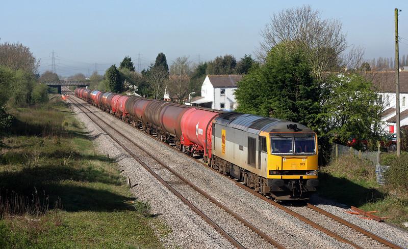 60013, 05.05 Robeston-Westerleigh, Portskewett, near Caldicot, 8-4-11.