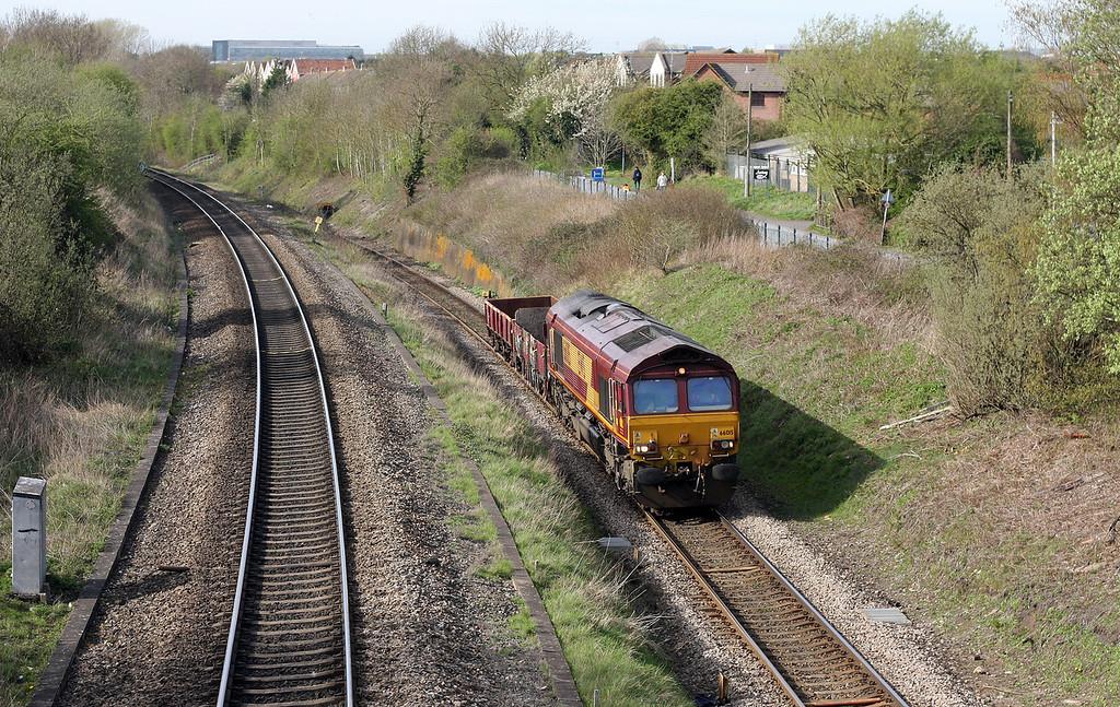 66015, 15.15 Newport Alexandra Dock Junction-Westbury Yard, Patchway, 6-4-11.