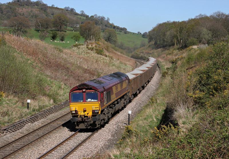 66091, 12.38 Moreton-on-Lugg-London Acton Yard, Llanvihangel Crucorney, near Abergavenny, 8-4-11.