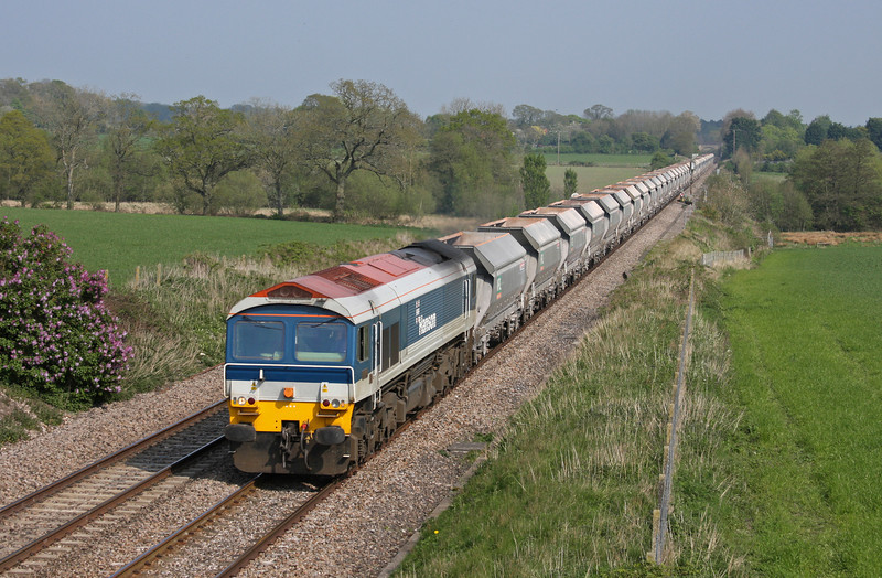59103, 12.46 Hither Green-Whatley Quarry, Woodborough , near Pewsey, Wiltshire, 19-4-11.