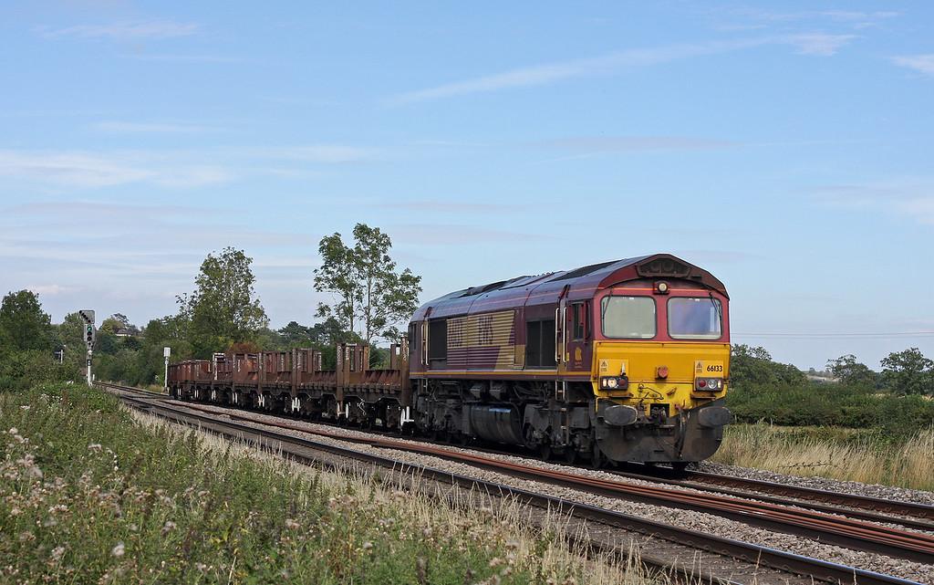 66133, 10.18 Corby-Margam, Grange Court Junction, near Westbury-on-Severn, 19-8-11.
