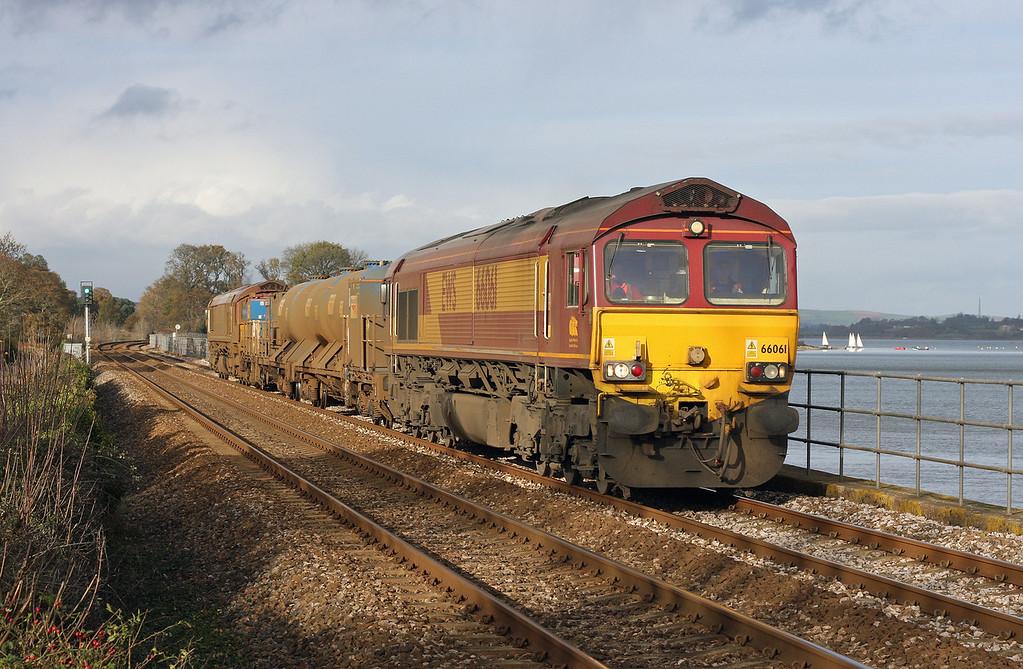 66061/66139, 08.45 Westbury-St Blazey, Powderham, near Starcross, 5-12-11.